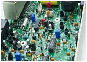 Difference Between Electrical & Electronics Engineering 2