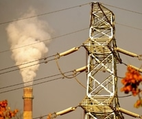 MV transmission line near a pollution source