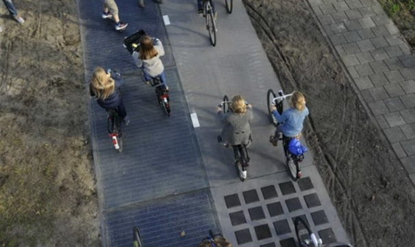 Image No. 1 Solar Road Cycle Located in Krommenie, Holland | source image @haimaneltroudi