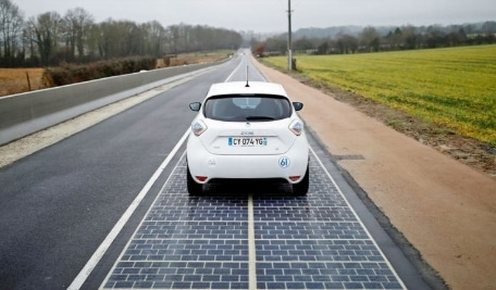 Image No. 2 Solar Road Located in Normandie, France | source image @haimaneltroudi